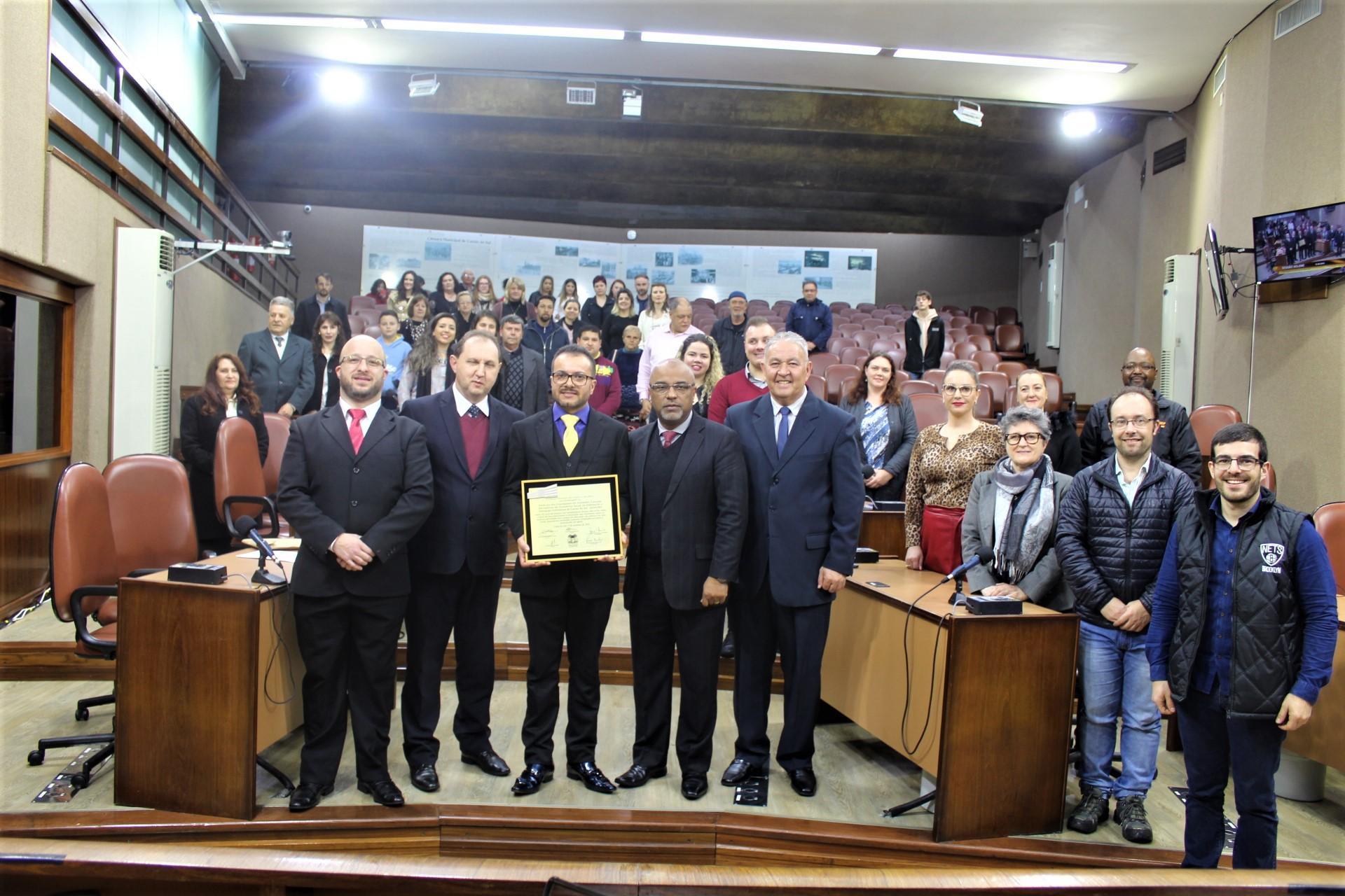 Senalba recebe homenagem do Legislativo caxiense